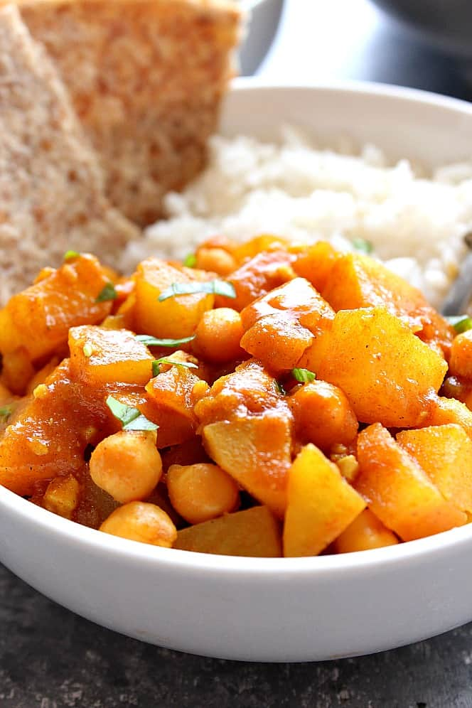 chickpea and potato curry 2 Easy Chickpea and Potato Curry Recipe (Chana Aloo)