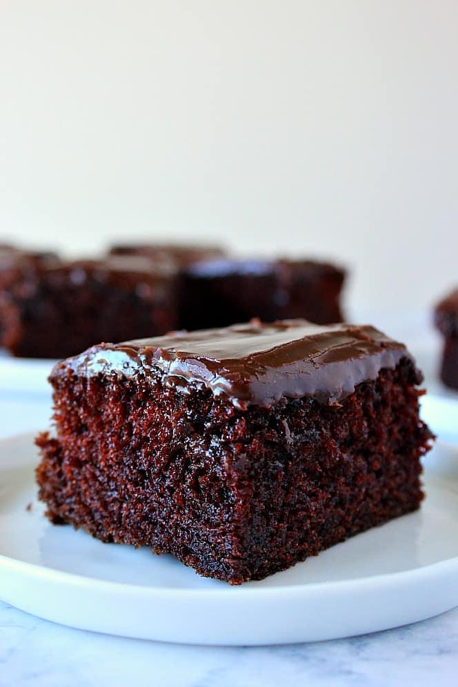 one bowl chocolate cake 7 One Bowl Chocolate Cake Recipe