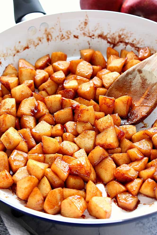 cinnamon apple cake 3 Cinnamon Apple Cake Recipe