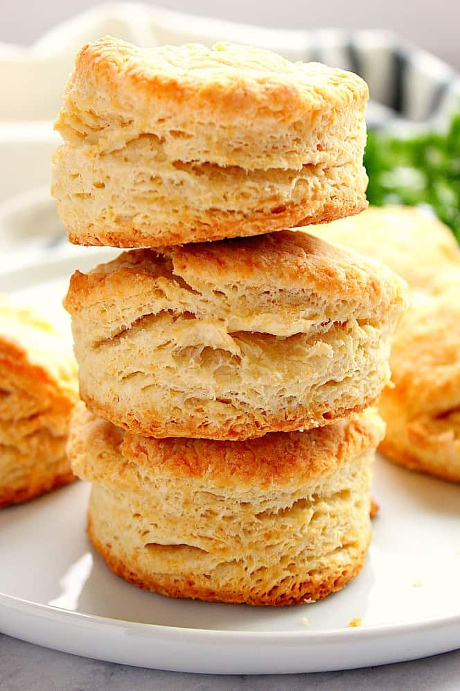 flaky buttermilk biscuits 1 The Best and Easy Holiday Dinner Recipes