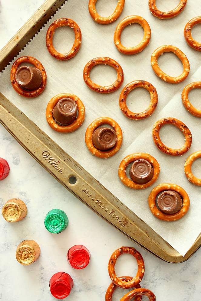 rolo pretzels candy Rolo Pretzel Bites