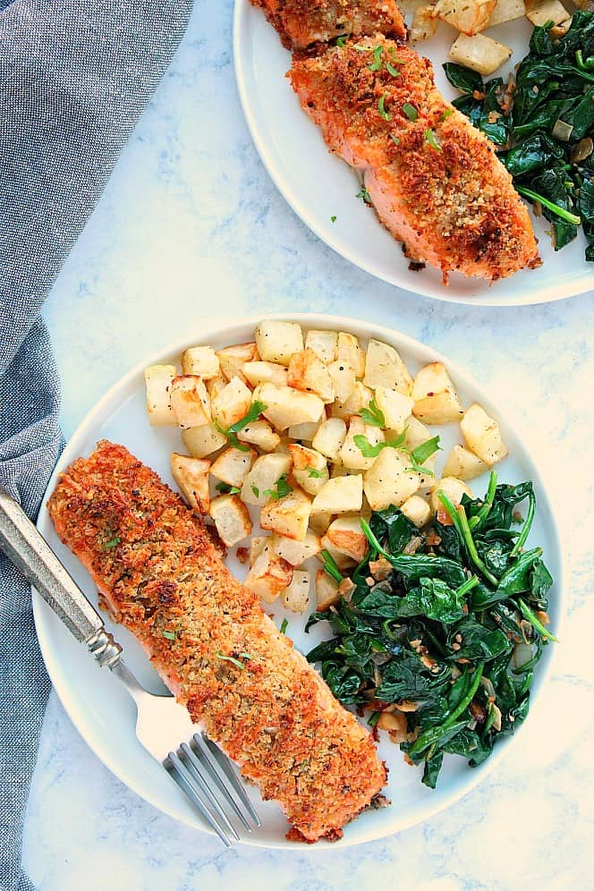 garlic Parmesan salmon 2a Garlic Parmesan Crusted Salmon Recipe (Oven and Air Fryer version)