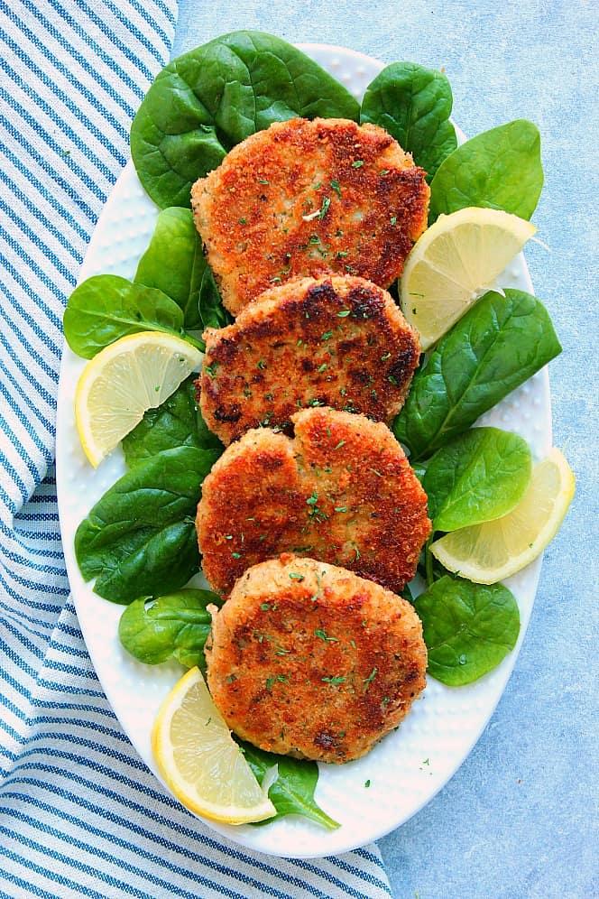 lemon garlic tuna cakes 1 Lemon Garlic Tuna Cakes Recipe
