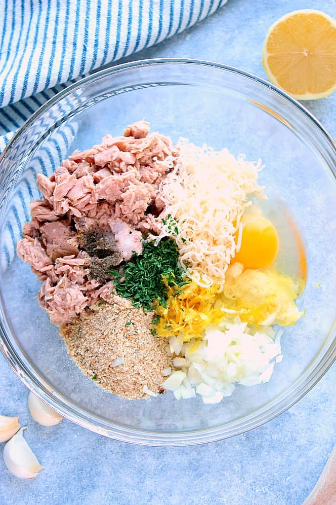 lemon garlic tuna cakes 4 Lemon Garlic Tuna Cakes Recipe