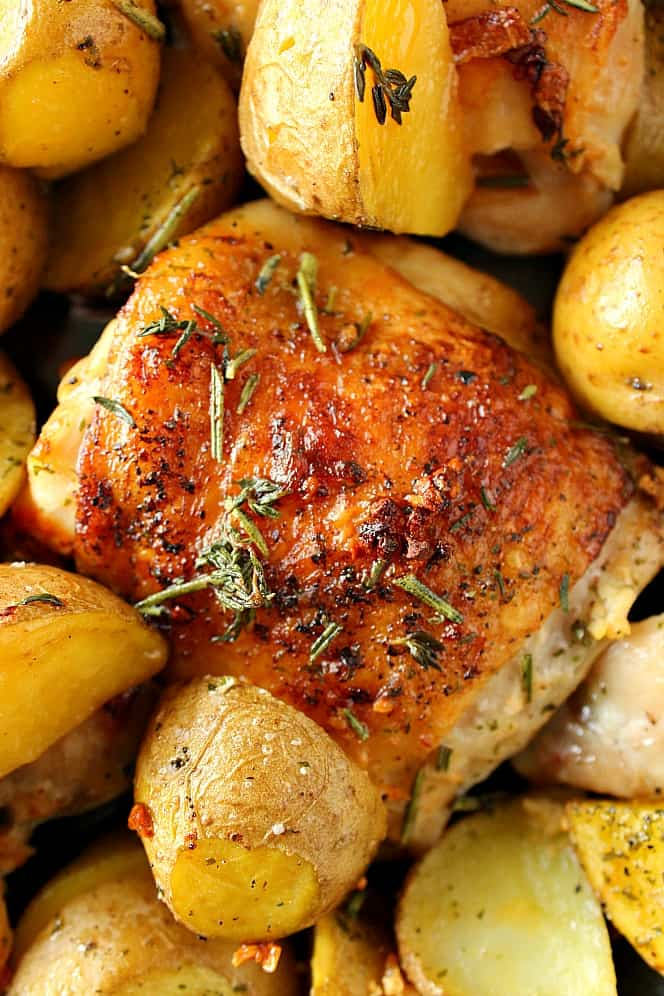 garlic and herb chicken and potatoes 3 Skillet Garlic Herb Chicken and Potatoes Recipe