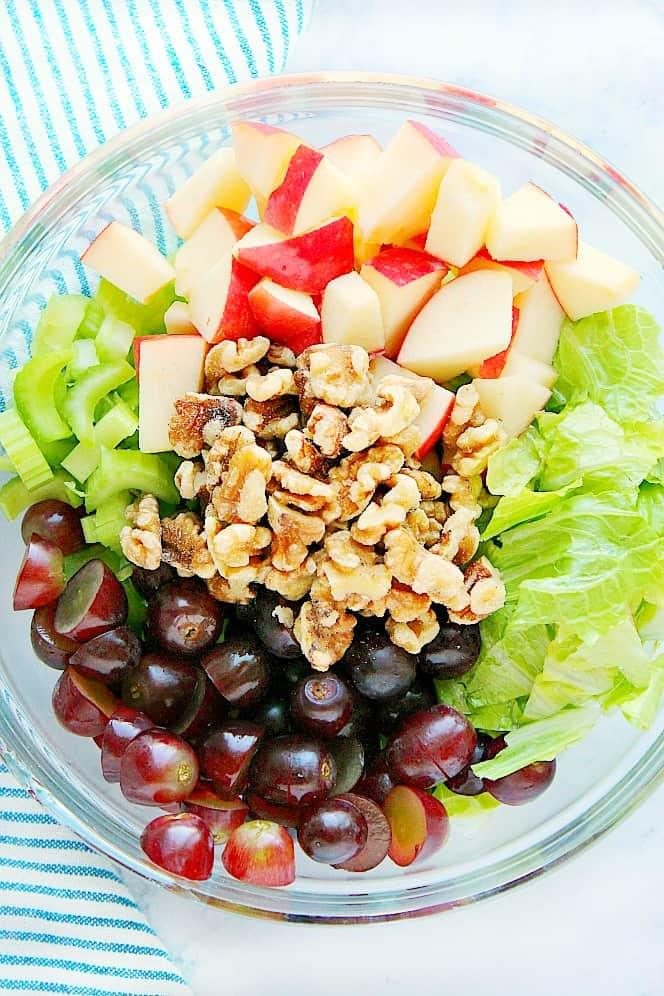 waldorf salad ingredientsAa Classic Waldorf Salad