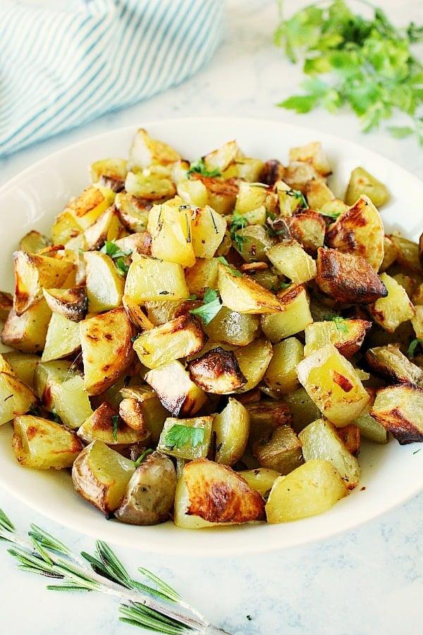 rosemary potatoes A Roasted Rosemary Potatoes