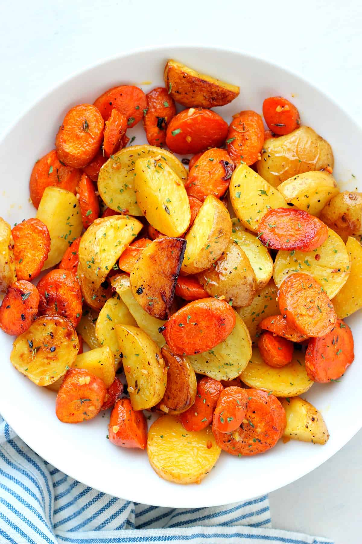 roasted potatoes and carrots D Roasted Potatoes and Carrots