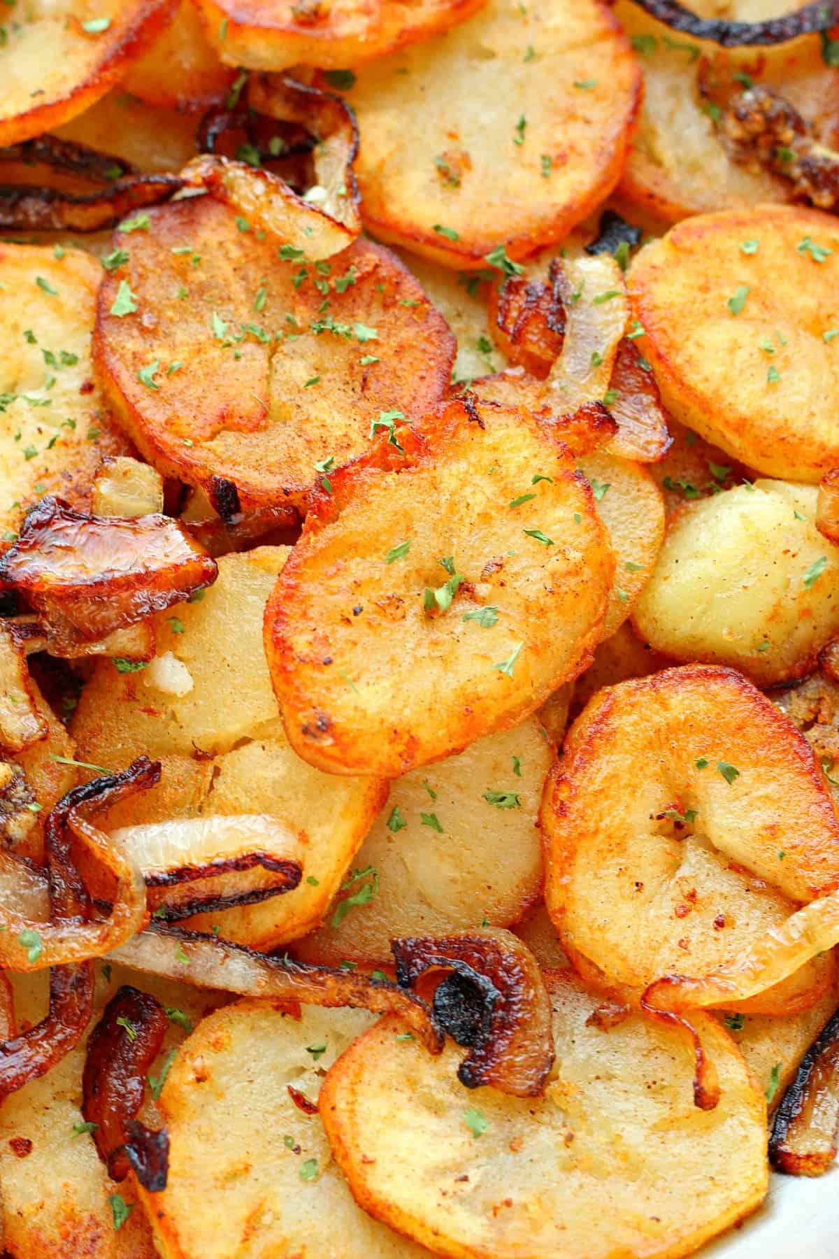 Lyonnaise potatoes B Lyonnaise Potatoes