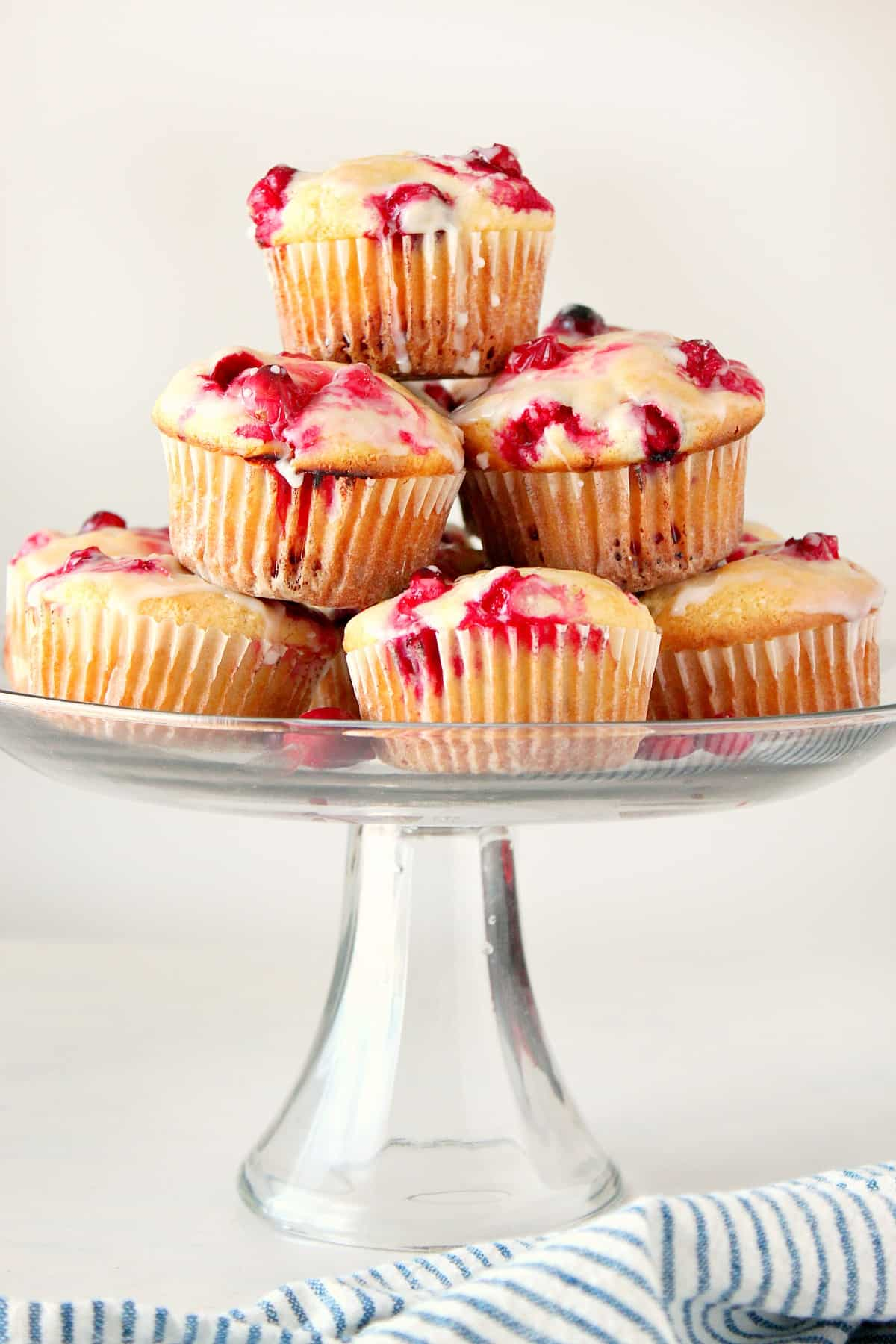 cranberry muffins new3 Glazed Cranberry Muffins