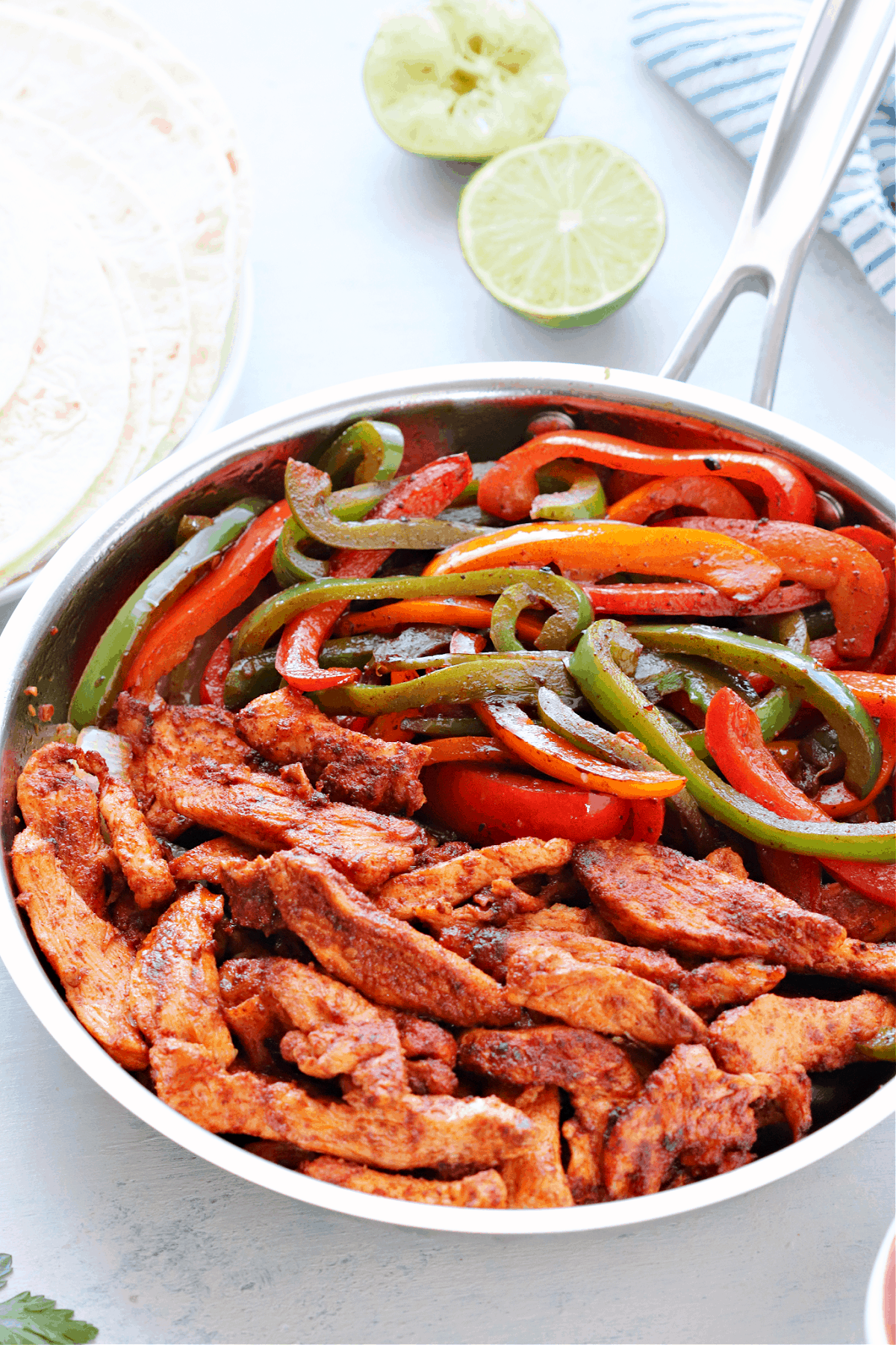 chicken fajitas 3 Easy Chicken Fajitas