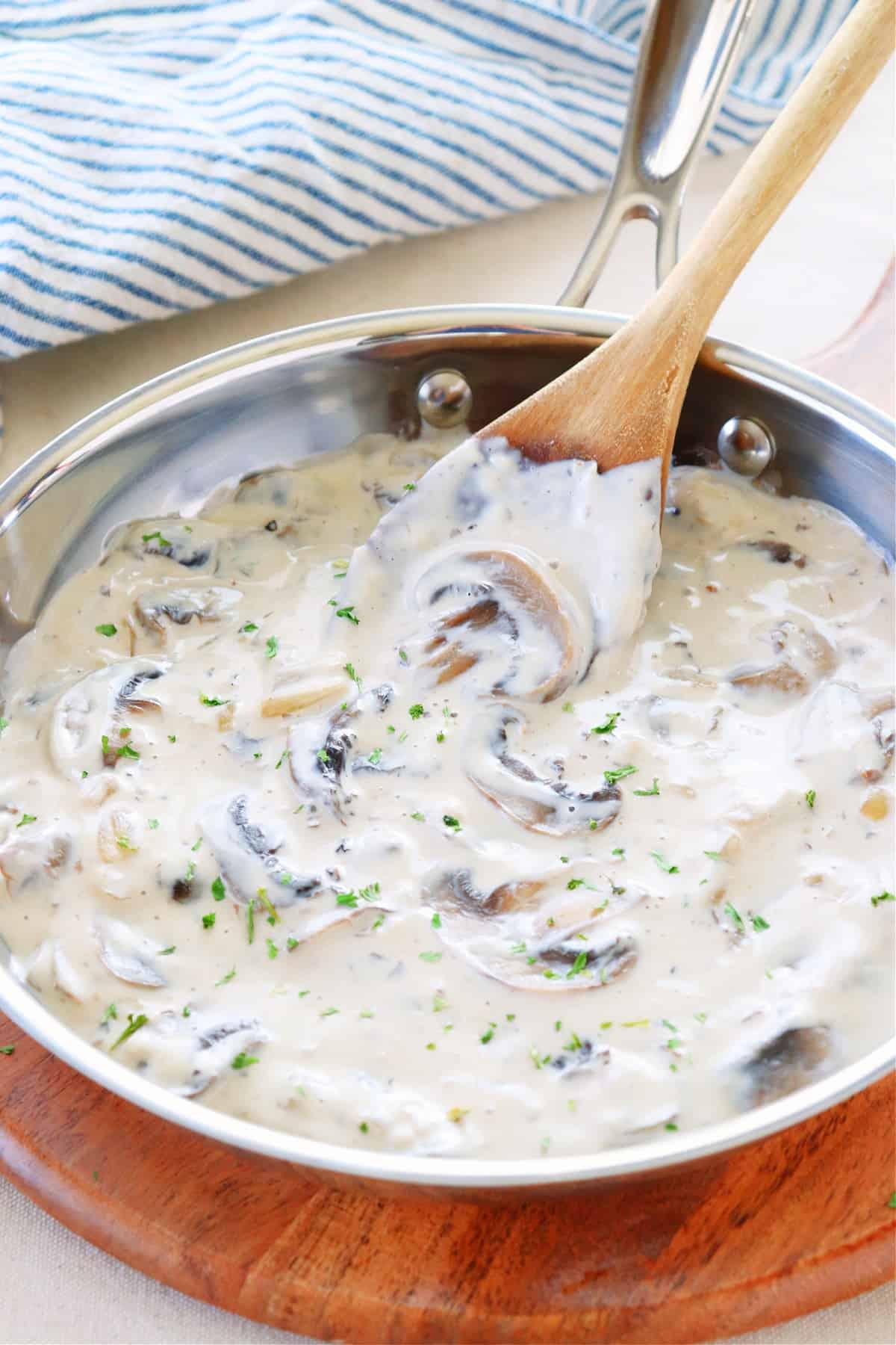 mushroom sauce 1 Mushroom Sauce (fail proof recipe)