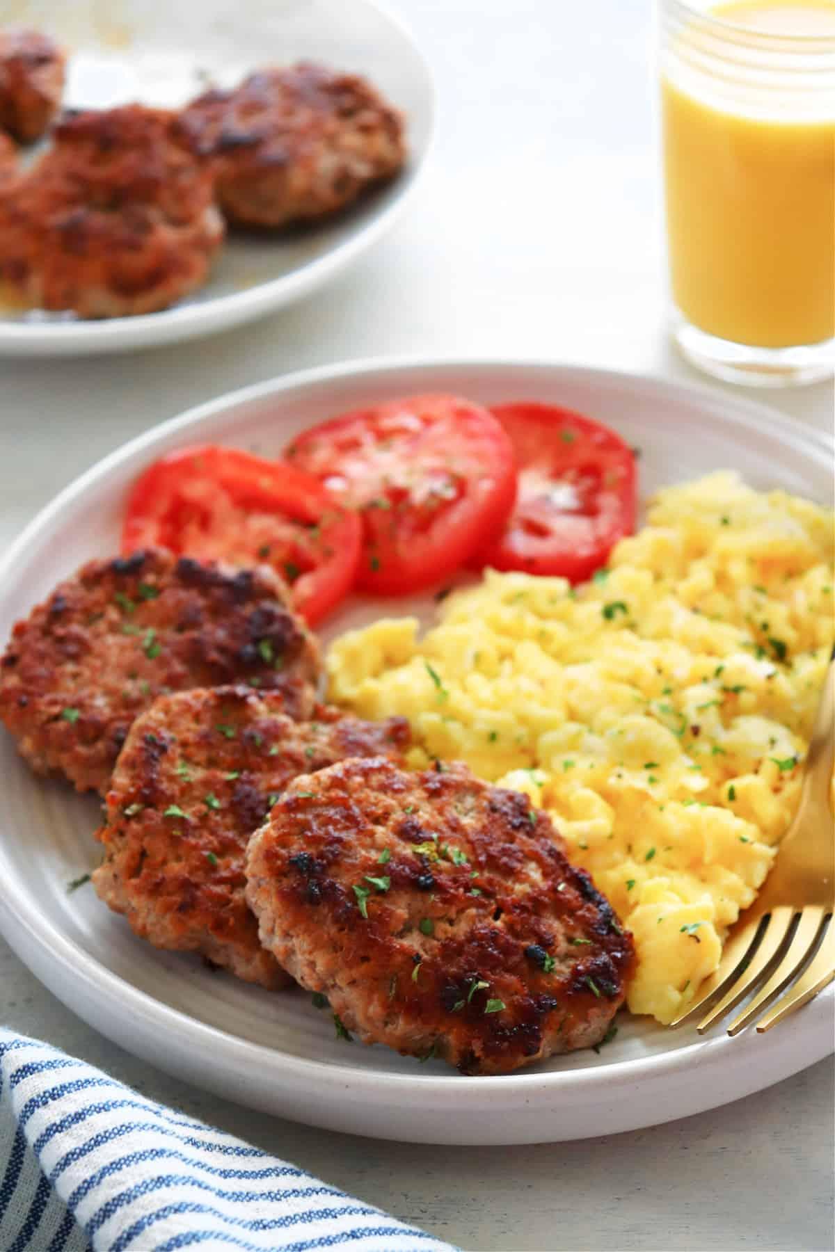 breakfast sausage 1 Homemade Breakfast Sausage Recipe